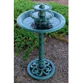 Alpine Corporation 3-Tiered Pedestal Water Fountain and Bird Bath - Ceramic Vintage Decor for Garden, Patio, Deck, Porch - Green